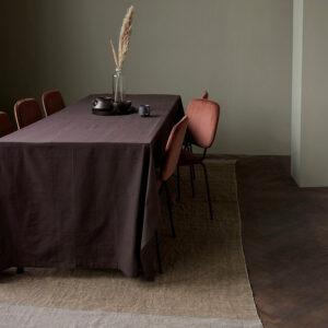 House Doctor comma spisebordsstol i rust farvet velour