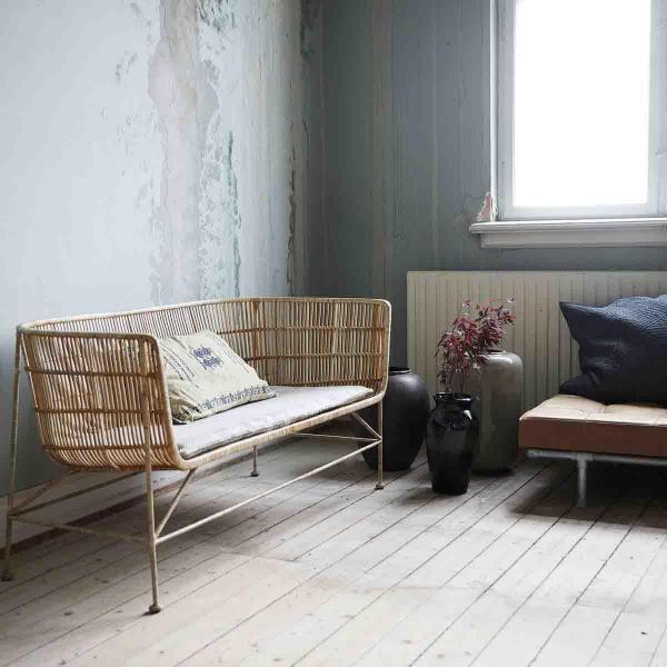 Cuun sofa i natur rattan fra House Doctor