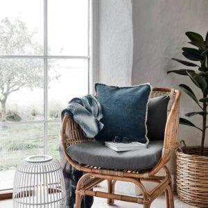 Rattan loungestol m. grå hynde fra Nordal