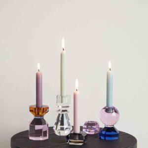 Hübsch lysestage i krystal i blå og pink