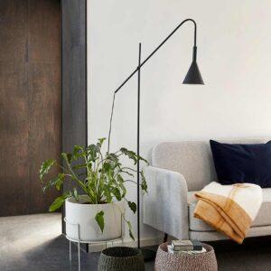 Hübsch Gulvlampe i sort metal 167 cm