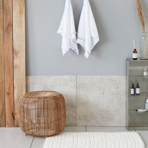 House Doctor crochet badeværelsesmåtte i hvid - 60x90 cm
