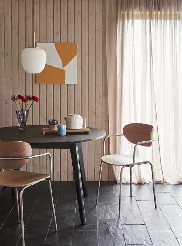 Hübsch spisebordsstol i natur farvet egetræs finér og krom