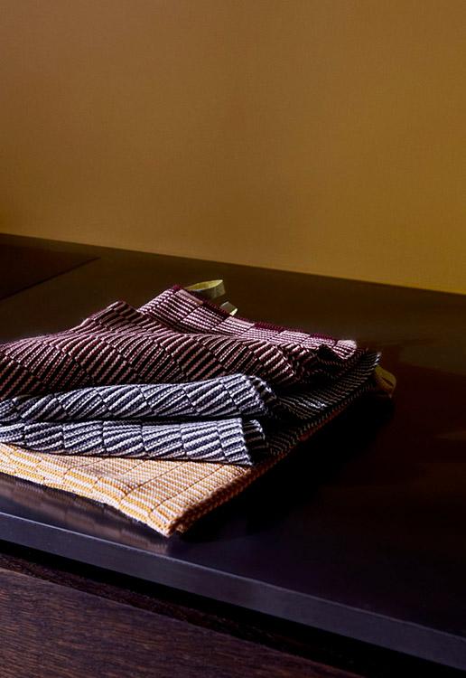 OYOY stringa strikket karklud i karamel og mint - pakke med 2 stk.