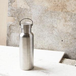 Use termokande på 500 ml fra Nicolas Vahé