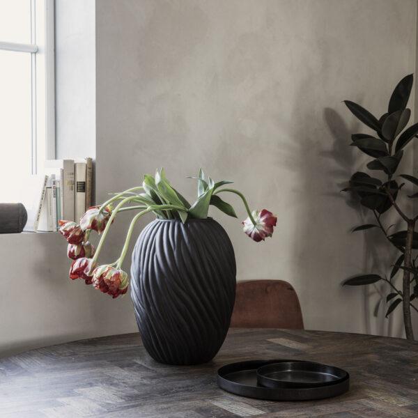 House Doctor noa vase i mørkebrun glas