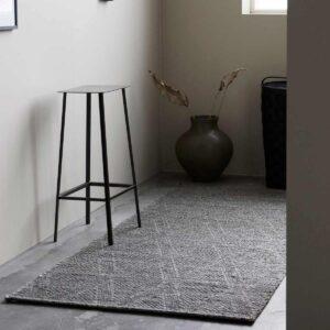 House Doctor mara gulvtæppe 240x100 cm i grå jute