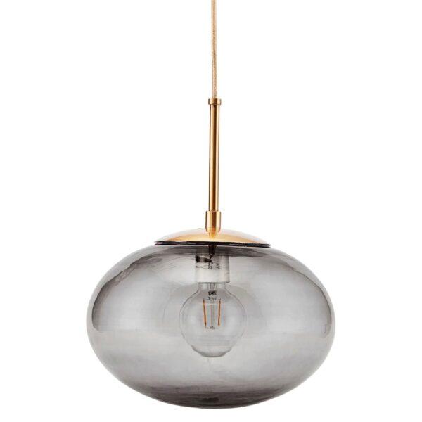 Opal pendel lampe i grå Ø30 cm med messing fatning fra House Doctor