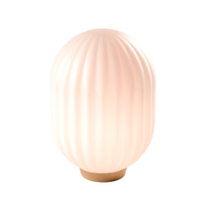 Nordic Tales Bright Modeco bordlampe i hvid opal glas og messing