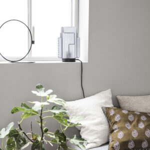 House Doctor Blocks bordlampe i grå glas