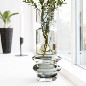 House Doctor Sapa vase i grå glas 25 cm høj