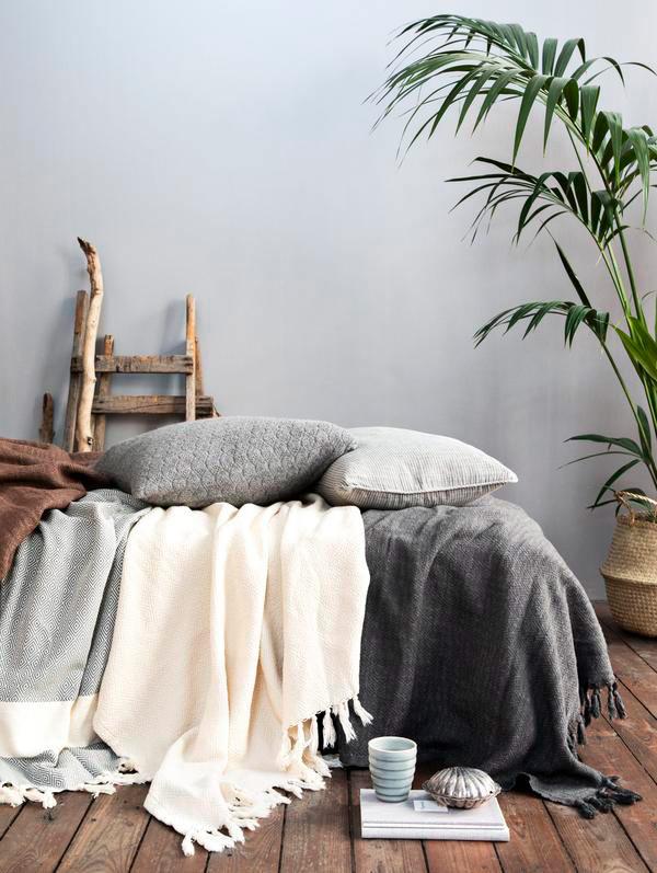 ALGAN Elmas plaid / sengetæppe i grå