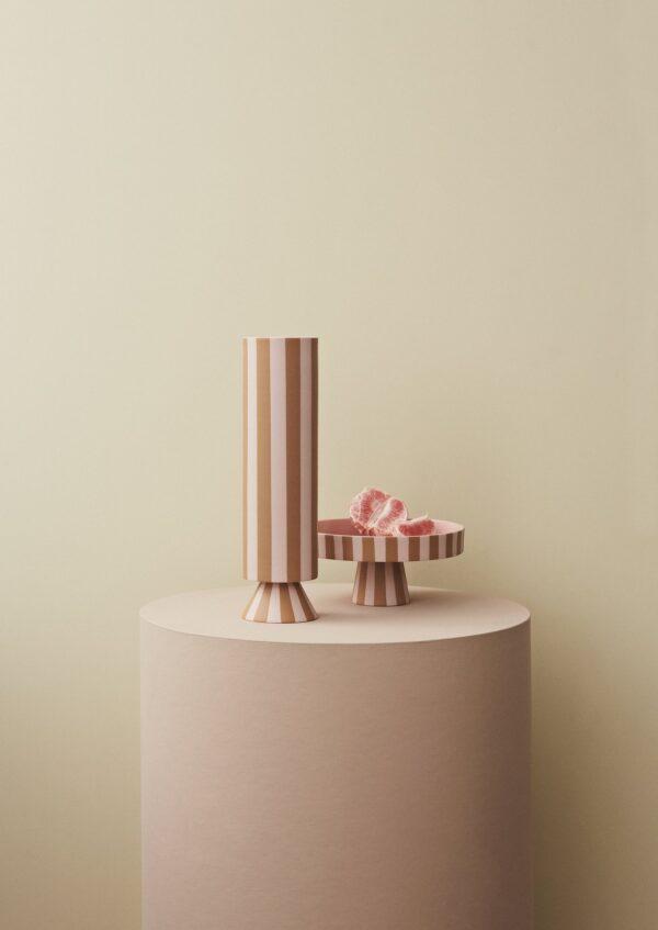 Toppu fad fra OYOY i karamel og lyserød