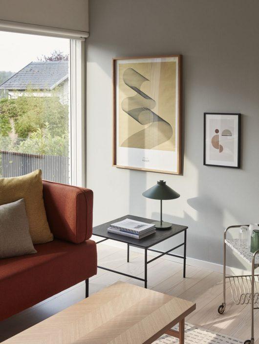 Sofabord med sildeben fra Hübsch i egetræ