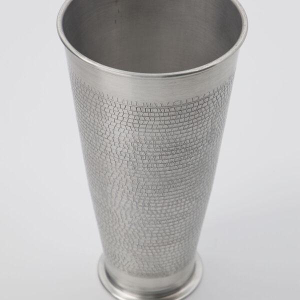 Arti vase fra House Doctor i antik sølv i en høj model