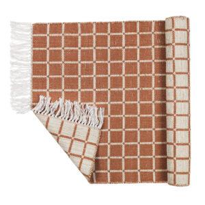 Henny tæppe fra Broste Copenhagen i lysegrå og brun
