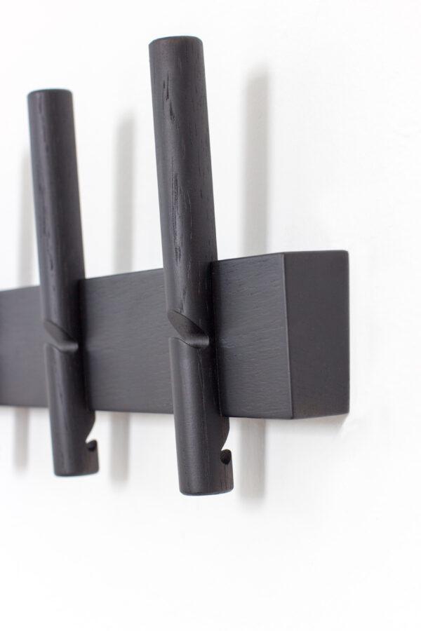 Reces knagerække fra Roon & Rahn i sort 78 cm