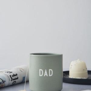 Design Letters Favorit kop DAD i grøn