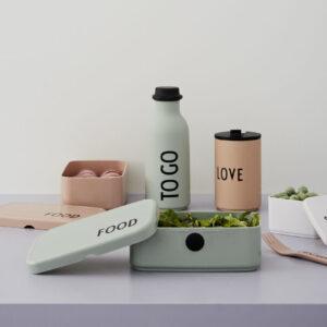 To go grøn vandflaske fra Design Letters