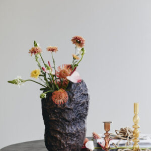 DOMINICA vase fra Nordal i bronze
