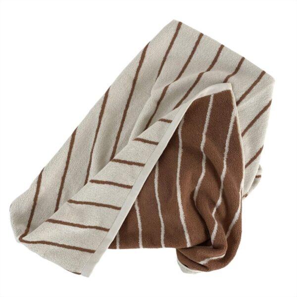 Raita stribet håndklæde fra OYOY i brun og hvid
