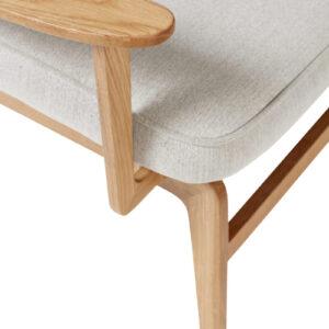 Loungestol fra Hübsch i egetræ og grå stof