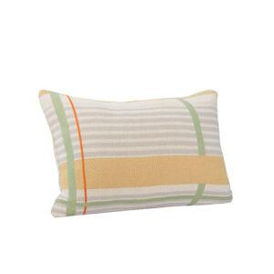 Hübsch strikket pude i beige, grøn, gul og grå, 60x40 cm